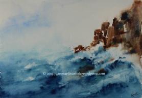 Océan agité sur la falaise